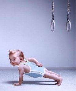 baby_1_arm_pushup